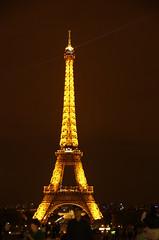 JLF15251 (jlfaurie) Tags: paris parisbynight 082018 lucila mpmdf jlfr jlfaurienpentaxk5ii 1650 france francia denoche
