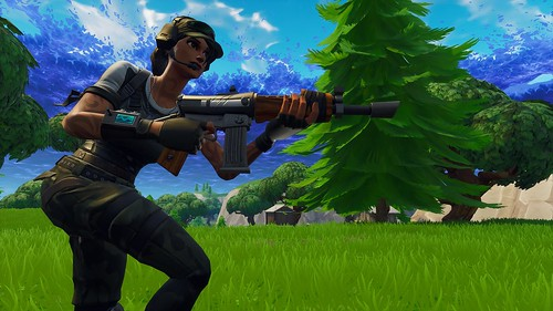 FortniteClient-Win64-Shipping_2018-09-13_00-36-01