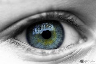 Eyes as blue as the ocean