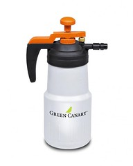 1 Liter Hand Held Pump (greencanary2016) Tags: grasspainting lawnpainting grass painting product grasscolorant lawn paint