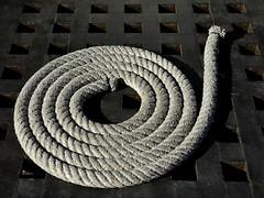 Cuerdas (2) (miguel.bo) Tags: cuerda rope barcos ship textura