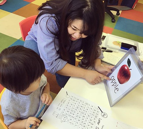 Letter recognition and phonics with Johanna Sensei 🍎 #tokyo #phonics #alphabet #preschool #kindergarten #daycare #international #東京 #保育園 #幼稚園 #英語の勉強 #芝公園 #浜松町 #大門