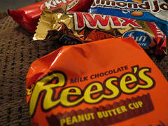 Candy. (dccradio) Tags: lumberton nc northcarolina robesoncounty indoor indoors inside chocolate candy kitkat almondjoy twix reesespeanutbuttercup reeses canon powershot elph520hs coconut almond wafers candybar food eat snack junkfood sweet treat