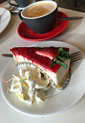 2018 Sydney: Coffee + Strawberry Cheesecake (dominotic) Tags: 2018 food cake drink coffee yᑌᗰᗰy coffeeobsession strawberrycheesecake whippedcream circle red iphone8 sydney australia