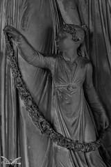 Bologna, Cimitero Monumentale della Certosa di Bologna (Sven Kapunkt) Tags: italia italien italy cemetery cemeteries cimetière campo certosa cimitero bologna friedhof friedhöfe gräber grab graveyard grabmal gothic grabstätte statue engel angel