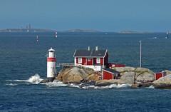 Sweden, from the ferry (duqueıros) Tags: schweden sweden sverige leuchtturm lighthouse duqueiros göteborg gothenburg