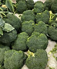 2018 Sydney: Broccoli (dominotic) Tags: 2018 food vegetable broccoli yᑌᗰᗰy iphone8 green sydney australia