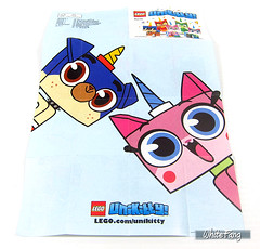 Back view of the LEGO Unikitty Series 1 promotional poster (WhiteFang (Eurobricks)) Tags: lego bind bags unikitty series 1 brick built animals kitty puppy box colourful vibrant sunshine cheerful fun pink
