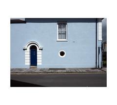 Georgian motifs (chrisinplymouth) Tags: wall blue door window house georgian stonehouse plymouth devon city england uk cw69x wb xg