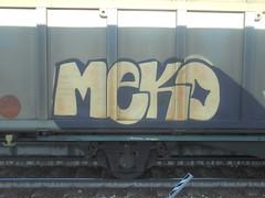 334 (en-ri) Tags: meko giallo nero train torino graffiti writing treno merci freight