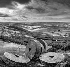 Millstones (Peter Quinn1) Tags: derbyshire stanageedge millstones derwentvalley overstonesfarm hathersagemoor overowlertor