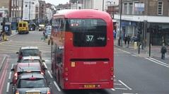 London Central VHP2 on route 37  Putney station 18/08/18. (Ledlon89) Tags: bus buses london transport lt lte londontransport londonbus londonbuses vintagebuses leylandtitan leyland parkroyal