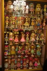 Today's Project (Primrose Princess) Tags: dollydreamland dollcollection blythe kenner takara doll dollycouture dollydisplay blythedoll 1972 pink princess primroseprincess gold chandelier ooakblythe