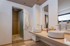 bathroom (Salazar_) Tags: real estate baño decoracion decoration bathroom alicante españa for sale refurbishment reforma interior