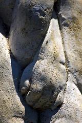 Hand in Hand (duobel) Tags: stone sculpture texture hand art shadow closeup