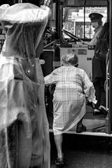 © Zoltan Papdi 2018-5130 (Papdi Zoltan Silvester) Tags: japon japan tokyo réel rue vie gens humain voyage journalisme real street life people human trip journalism paysage vue pointdevue landscape view pointofview bus groupe group transport
