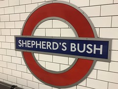 1809 London (02) (ian262) Tags: london londontransport roundel shepherdsbush signs transportforlondon tube underground