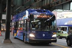 IMG_1614 (GojiMet86) Tags: mta nyc new york city bus buses 2017 xn40 733 subway shuttle 31st street 30th avenue