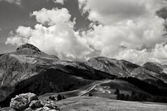The mountain (Val'Art Photography) Tags: montagne paysage ciel nuages monochrome blackandwhite noiretblanc