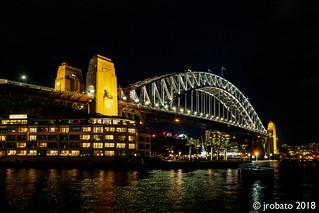 Night shot of the Sydney Harbour Bridge