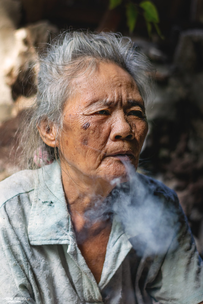 Search results for filipina smoking