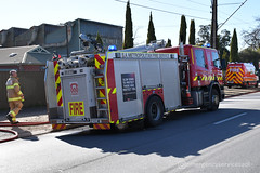 Adelaide 202 & Car 20 (emergencyservicesadl) Tags: adelaide geppscross structure fire truck alarm scania