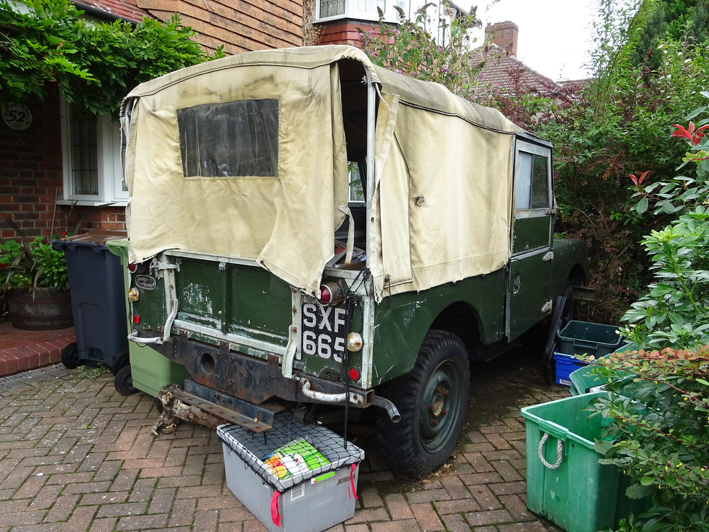 1957 Land Rover (Neil's classics) Tags: vehicle 1957 land rover landrover  offroad wagon