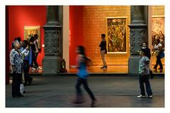 Ay, los niños! (Manuel Gayoso) Tags: zocalo mexico banamex villalpando exposicion gente niños pinturas barroco