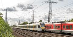 34_2018_08_31_Gelsenkirchen_Schalker_Verein_0429_010_&_512_ERB_RE42_Hamm_1428_506_&_501_DB_RE42_Mönchengladbach (ruhrpott.sprinter) Tags: ruhrpott sprinter deutschland germany allmangne nrw ruhrgebiet gelsenkirchen lokomotive locomotives eisenbahn railroad rail zug train reisezug passenger güter cargo freight fret schalkerverein schalker verein wanneeickel essen soest düsseldorf abrn db erb rbh rpool sncf 0043 0422 0425 0426 0429 0648 0826 103 1428 3294 5407 5411 6101 6120 6145 6146 6152 6185 ic ice thalys rb re s2 logo natur outdoor graffiti
