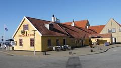 Hirtshals Irish Pub Grønne Plads (achatphoenix) Tags: hirtshals vendsyssel nordsee northsea nordjütland vesterhavet dänemark danmark denmark fährhafen fishingvillage fischerort fischereihafen