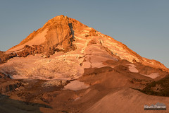 Morning in the Hood (kevin-palmer) Tags: mounthood mounthoodnationalforest oregon august summer nikond750 early morning snow glaciers sunrise dawn gold golden sunlight orange peaks cascades mountains sunny tamron2470mmf28 eliotglacier