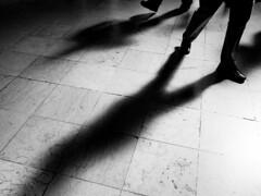 Light (Francisco (PortoPortugal)) Tags: 1852018 20180726fpbo8637 luz light sombras shadows bw nb pb monochrome monocromático pessoas people franciscooliveira