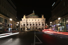 Paris (mbphillips) Tags: palaisgarnier opera placedelopera paris france francia frankreich 9tharrondissement beauxarts 歐洲 欧洲 europa 유럽 city ciudad 도시 都市 城市 night 夜晚 밤 noche dark darkness 黑暗 어둠 oscuro architecture 건축학 arquitectura 建筑学 建築學 mbphillips goetagged photojournalism photojournalist 法国 法國 프랑스 フランス 巴黎 파리 パリ parís 캐논 canon80d canoneos80d canon sigma1835mmf18dchsm sigma europe ヨーロッパ