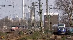 14_2007_03_25_Wanne_Eickel_Hbf_DB_S2_Gelsenkirchen_NWB_VT_722_Dortmund_Stellwerk_Wof (ruhrpott.sprinter) Tags: ruhrpott sprinter deutschland germany allmangne nrw ruhrgebiet gelsenkirchen lokomotive locomotives eisenbahn railroad rail zug train reisezug passenger güter cargo freight fret wanneeickel wanne eickel vergessen abellio db dbcargo nwb railion logistics veolia vt 110 111 145 152 155 185 225 232 re fahrpläne rohre vallourec mannesmann logo natur outddor stückgut stückguthalle