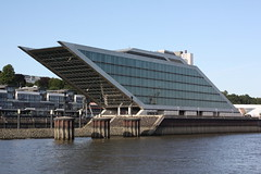 "Hamburg: Bürohaus ""Dockland"" (Helgoland01) Tags: hamburg elbe river fluss deutschland germany dockland"