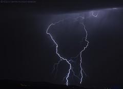 2018.08.27 - 222816 (NIKON D7200) [Montemuro - São Cristóvão] (Nuno F. C. Batista) Tags: nuvens montemuro sãocristovão portugal lusoskies lightning relâmpago thunderstorm trovoada storm night sky nikon severe weather storms photography skies portuguese meteorology cumulunimbus d7200 resende céu norte douro