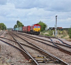 Looped! (JohnGreyTurner) Tags: br rail uk railway train transport lincolnshire lincs freight diesel engine locomotive 66 class66 shed db dbs dbc ews beckingham gainsborough