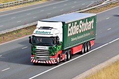 PO17 UYD (Martin's Online Photography) Tags: eddiestobart scania r450 truck wagon lorry vehicle freight h c transport haulage commercial a1m northyorkshire nikon nikond7200 h2755