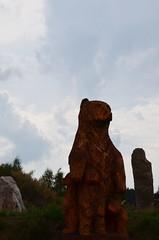 Holašovice Stonehenge (Frank Berbers) Tags: holašovice megalithischestenencirkel holašovicestonehenge nep fake fälschung faux recent vorkurzem récemment czechstonehenge tschechischstonehenge tsjechischestonehenge landschap landschaft landscape paysage tsjechië tschechien républiquetchèque nikond5100