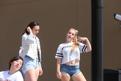 2018_AF_3110 (Knox Triathlon Dude) Tags: 2018 dance korean croptop croppedtop belly abs festival usa bellybutton shorts denim bellyshirt daisydukes shortshorts