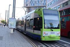 CT 2552 @ West Croydon bus station (ianjpoole) Tags: croydon tramlink bombardier cr4000 2552 working service from wimbledon elmers end