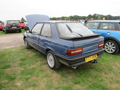 Peugeot 309 XE F771MPK (Andrew 2.8i) Tags: haynes motor museum breakfast meet sparkford yeovil somerset show classic classics cars car autos french hatch hatchback 1300 13 xe 309 peugeot uk unitedkingdom