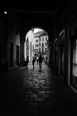 In a dark alley (No_Mosquito) Tags: urban italy treviso monochrome bw archway street canon powershot g7xmarkii
