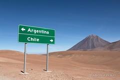 Atacama (Rolandito.) Tags: south america südamerika amérique du sud sudamérica chile bolivia argentina atacama street road marker