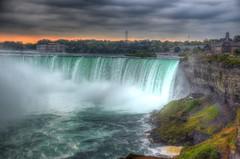 Niagara's Falls (Davide Moriondo) Tags: canada niagara falls cascate water couds sky cielo acqua