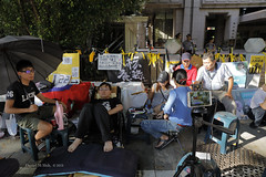 Huang Shih-Hsiu begins hunger strike into 122 hours (*dans) Tags: shihhsiuhuang gogreenwithnuclear airpollutionornuclearpower 黃士修 以核養綠公投 以核養綠 公投 中選會 taipei taiwan hungerstrike 絕食 絕食靜坐