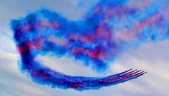 The Red Arrows (Owen J Fitzpatrick) Tags: ojf people photography nikon fitzpatrick owen pretty pavement chasing d3100 ireland editorial use only ojfitzpatrick eire dublin republic city tamron joe beauty beautiful j along photoshoot street 2018 baile atha cliath dubh linn dslr digital bray town air show amusements red arrows aviation jet bae hawk aerobatic raf team smoke trail blue sky performance flight plane aircraft military formation colour gforce raf100 subsonic