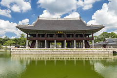 Gyeonghoeru (syf22) Tags: palace residence royal king sovereign stately castle dwelling manor mansion fort hold building korean classic buildings formal decorated design decoration intricate details interrelated complicate maze water earthasia