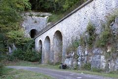 Souterain de les Mouilles (hans.hirsch) Tags: les mouillés tunnel souterrain sncf plm ligne voie rail gleis maçonnerie viaduc morez saint claude bienne