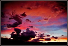 CatchinUp (VegasBnR) Tags: nikon city sigma sunset clouds vegasbnr vegas gimp geo geografics 702 7200